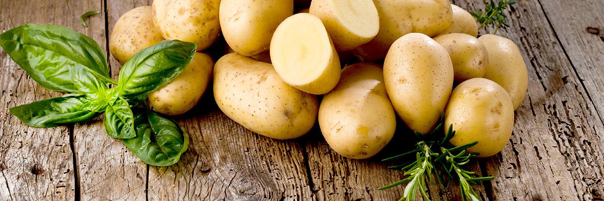perunoiden keittäminen