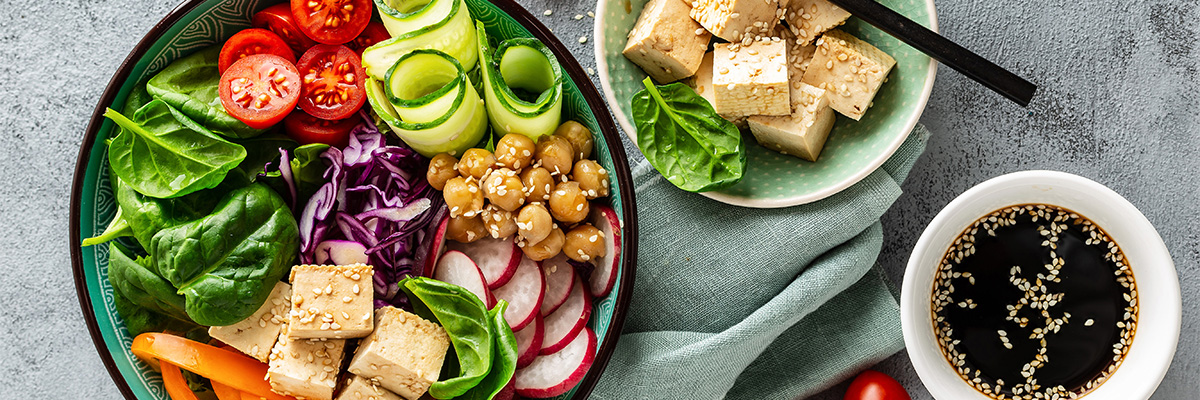tofu salaatti